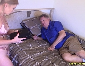 Kay_Carter_-_Shows_Her_2_New_Sex_To_Daddy_LVA_4K