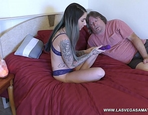Sheena_Rose_-_Loves_Her_New_Wand_And_Uses_It_In_Front_Of_Her_Dad_LVA_4K